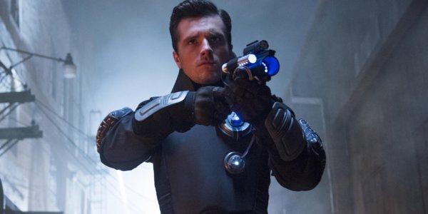 SPOILER Future Man 1x01:  fiches episodes