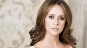 Jennifer Love Hewitt rejoint la saison 10 de Criminal Minds
