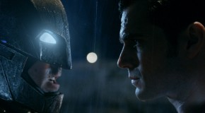 Batman vs Superman : la bande-annonce Comic Con frappe fort