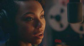 Netflix annule GirlBoss, renouvelle Dear White People