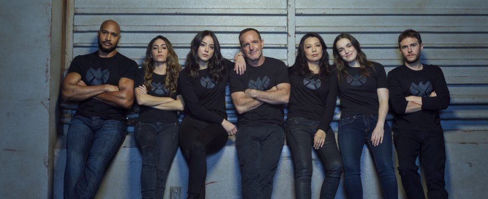 Vendredi 10/05, ce soir : Sneaky Pete, Agents of SHIELD, Easy, The Society